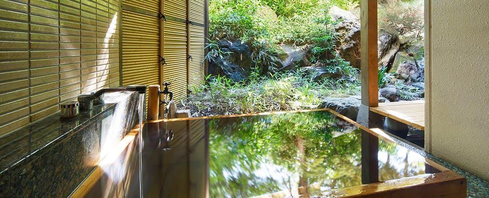自家源泉の宿富士屋客室露天風呂
