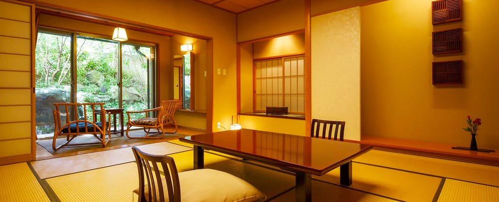 自家源泉の宿富士屋客室