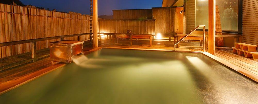 自家源泉の宿富士屋露天風呂