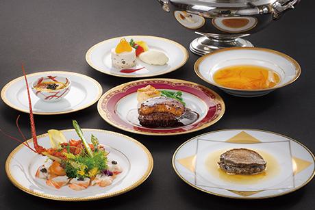 ザベイスイート レストラン「ラ・メール ザ クラシック」華麗なる晩餐