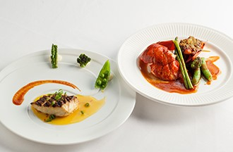 トロイメライ メイン魚介料理一例