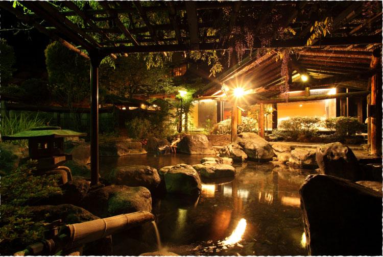 猿ヶ京ホテル 露天風呂