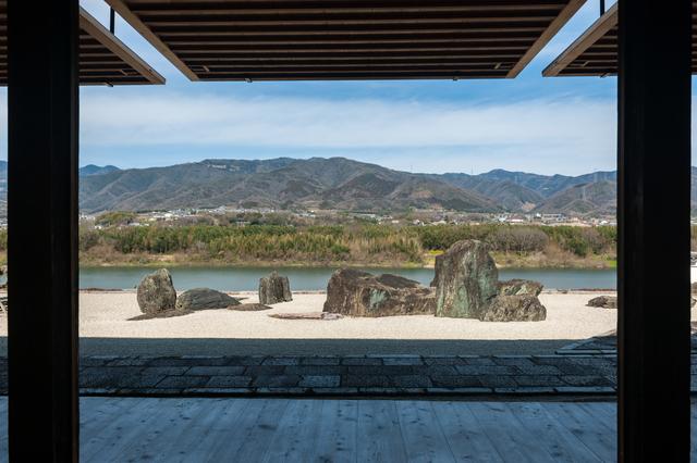 本楽寺の枯山水