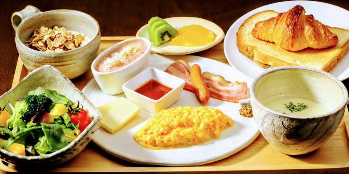 鉄板焼きの宿 菊 朝食(洋食)